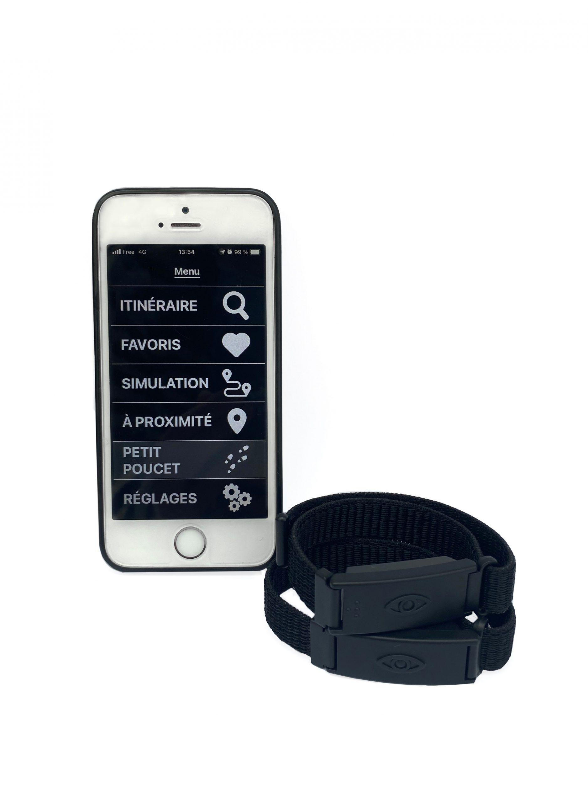 N-Vibe in gebruik samen met smartphone