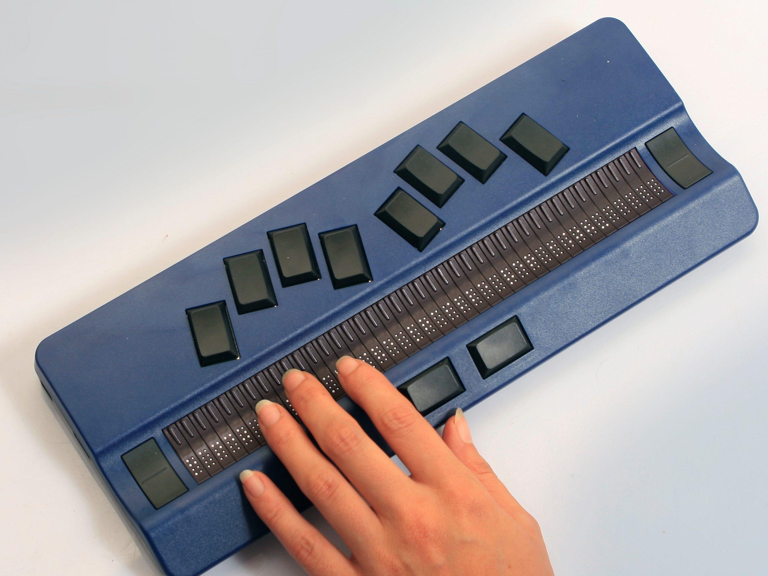 Active braille met hand